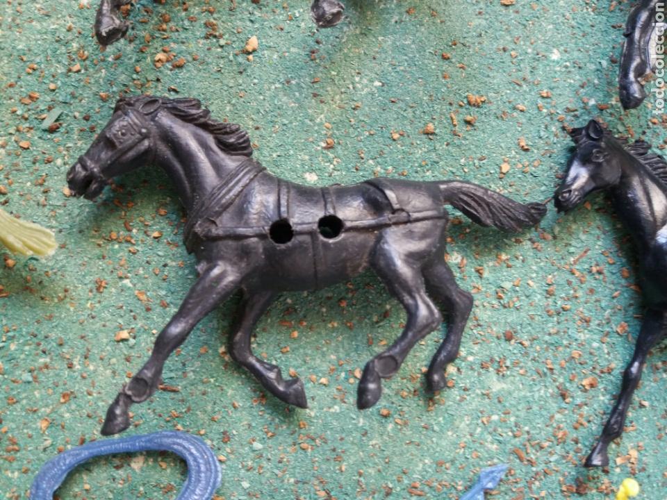 Figuras de Goma y PVC: Lote Antiguas Figuras del Oeste Comansi. Canal Pipero. Años 70. - Foto 9 - 76746785