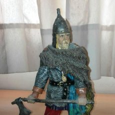 Figuras de Goma y PVC: FIGURA GUERRERO EN RESINA. Lote 77131625