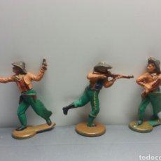 Figuras de Goma y PVC: VAQUEROS GOMA PENCH AÑOS 50. Lote 78836357