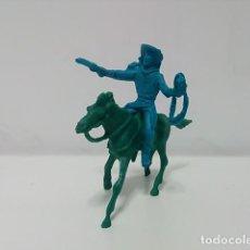 Figuras de Goma y PVC: FIGURA VAQUERO CON CABALLO PLÁSTICO MONOCROMO . Lote 79309937