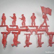 Figuras de Goma y PVC: MONTAPLEX SERJAN LA ILUSIÓN - 1 COLADA DE SOLDADITOS - SERJANBOYS - AÑOS 70´S. Lote 80130917