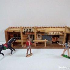 Figuras de Goma y PVC: DECORADO DEL OESTE CARCEL - HOTEL Y FIGURAS. Lote 80274381