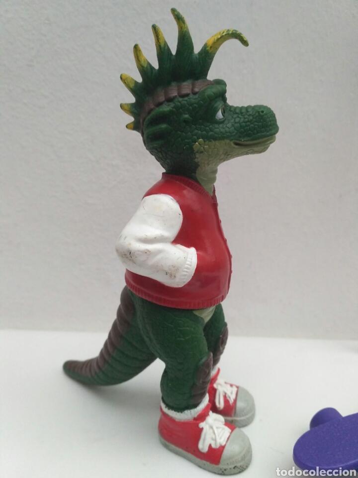 Figura De Goma Serie Dinosaurios Dinosaurs Robb Sold Through Direct Sale 80867391 Robbie es un hipsilofodonte y su particularidad es que su vestimenta juvenil no solo incluye una una serie más que recordamos con cariño en el blog. figura de goma serie dinosaurios