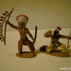 Figuras de Goma y PVC: LOTE DE DOS INDIOS EN GOMA JECSAM , PECH ETC. Lote 81018624