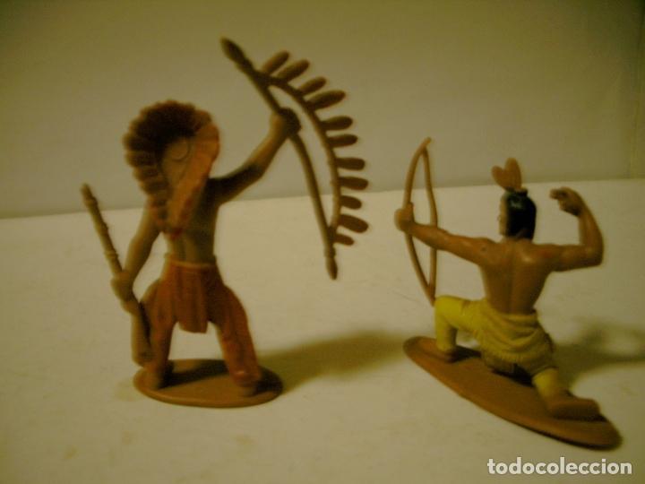Figuras de Goma y PVC: LOTE DE DOS INDIOS EN GOMA JECSAM , PECH ETC - Foto 2 - 81018624