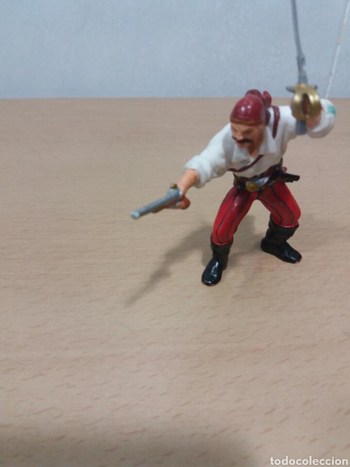 PAPO PIRATA (Juguetes - Figuras de Goma y Pvc - Otras)