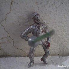 Figuras de Goma y PVC: GUERRERO DE TORNEO MEDIAVAL DE JECSAN. Lote 82315580
