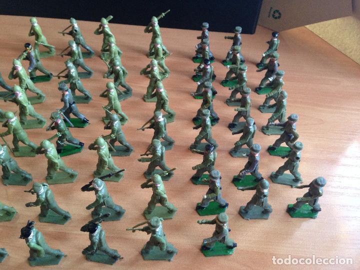 Figuras de Goma y PVC: ESPECTACULAR LOTE 62 SOLDADOS PLASTICO DESFILE MILITAR SOTORRES, TORRES MALTAS. - Foto 3 - 82486040