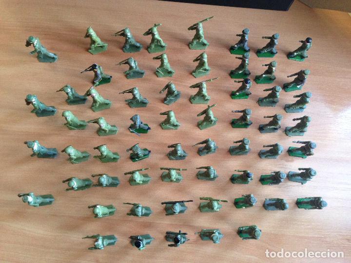 Figuras de Goma y PVC: ESPECTACULAR LOTE 62 SOLDADOS PLASTICO DESFILE MILITAR SOTORRES, TORRES MALTAS. - Foto 4 - 82486040