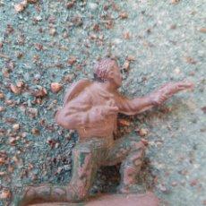 Figuras de Goma y PVC: ANTIGUA FIGURA DEL OESTE REAMSA. SERIE INDIOS Y VAQUEROS. GOMA. 50 MM. AÑOS 60. MADE IN SPAIN.. Lote 82945775