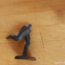 Figuras de Goma y PVC: FIGURA GOMA MARCA GAMA BASE PIE INDIO. Lote 83462188