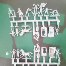 Figuras de Goma y PVC: MUÑECOS 2 COLADAS PRINCIPIOS SIGLO XX -REFM1E3. Lote 84464252