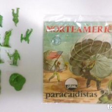 Figuras de Goma y PVC: MONTAPLEX - NORTEAMÉRICA - PARACAIDISTAS ---REFHAULDEPUEMGRPAHO. Lote 85168584