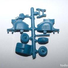 Figuras de Goma y PVC: MONTAPLEX - MOTO SCOOTER - VESPA PARA MONTAR COLOR FOTO - AÑOS 60. Lote 172408022
