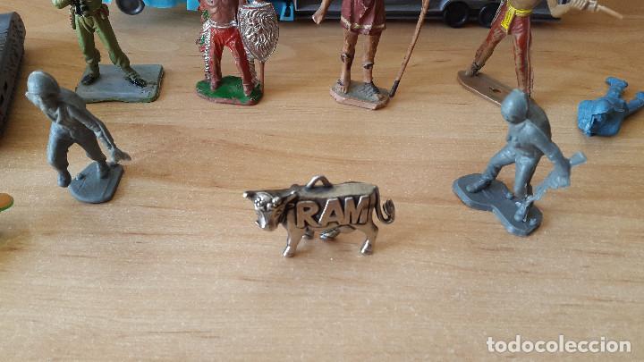 Figuras de Goma y PVC: lote 23 figuras animales persan y otras años 60s + regalo 12 figuras goma indios, soldados etc - Foto 16 - 85289532