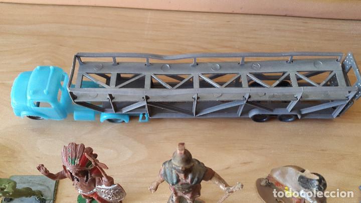 Figuras de Goma y PVC: lote 23 figuras animales persan y otras años 60s + regalo 12 figuras goma indios, soldados etc - Foto 18 - 85289532