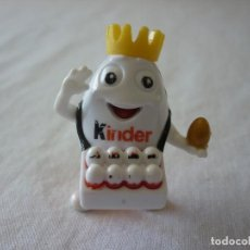 Figuras Kinder: FIGURA KINDER - KINDERINO VENDEDOR. Lote 85430688