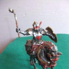 Figuras de Goma y PVC: SCHLEICH MEDIEVAL CABALLERO DEL DRAGON. Lote 85489116