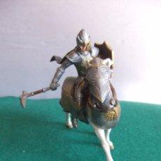 Figuras de Goma y PVC: SCHLEICH MEDIEVAL CABALLERO DEL GRIFO. Lote 85490852