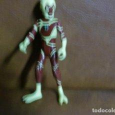 Figuras de Goma y PVC: FIGURA -MUÑECO ALIEN APROX. 10,00 APRÓX.. Lote 85778200