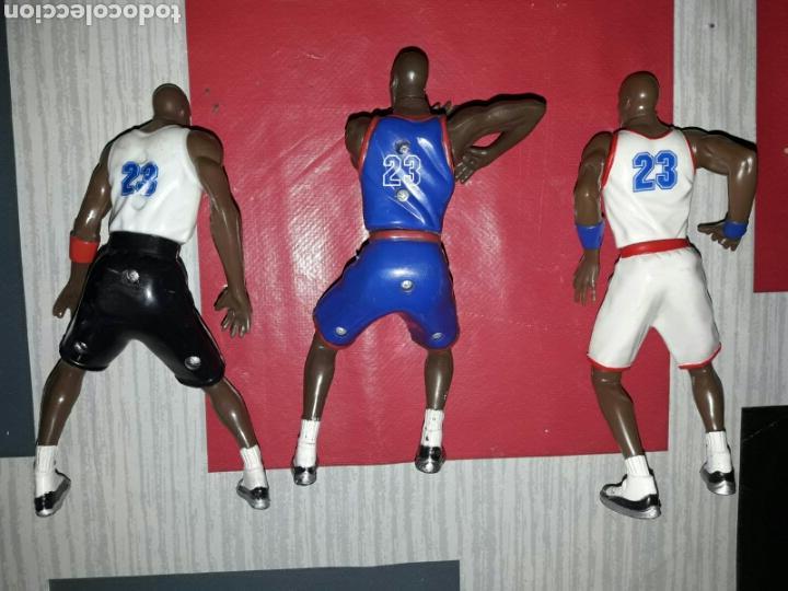 Figuras de Goma y PVC: Lote de 3 figuras de Michael Jordan de la película Space Jam - Foto 2 - 86125379
