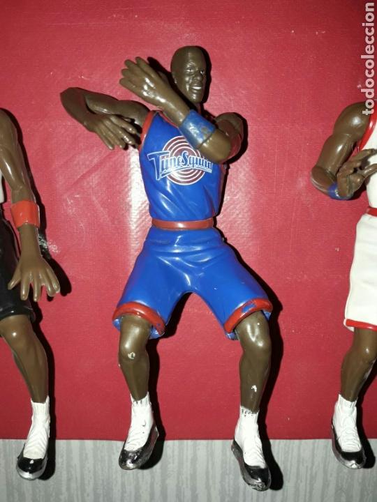 Figuras de Goma y PVC: Lote de 3 figuras de Michael Jordan de la película Space Jam - Foto 3 - 86125379