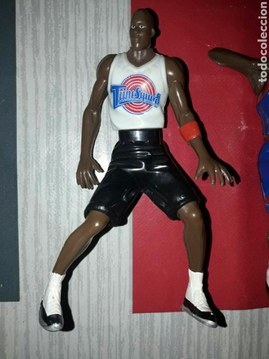 Figuras de Goma y PVC: Lote de 3 figuras de Michael Jordan de la película Space Jam - Foto 5 - 86125379