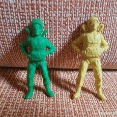 Figuras de Goma y PVC: LOTE 2 PARACAIDISTAS MONTAPLEX KIOSKO AÑOS 70. Lote 86420608