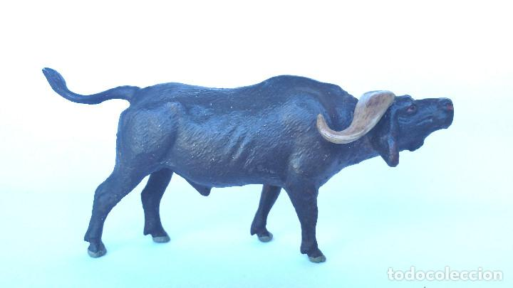 BUFALO CAFRE (AFRICANO) LINEOL 1950 ANIMALES ZOO , PECH, LAFREDO, ARCLA (Juguetes - Figuras de Goma y Pvc - Otras)
