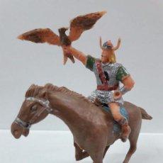 Figuras de Goma y PVC: EL VIKINGO GUNDAR A CABALLO . SERIE EL CAPITAN TRUENO . REALIZADO POR ESTEREOPLAST . AÑOS 60. Lote 86742224