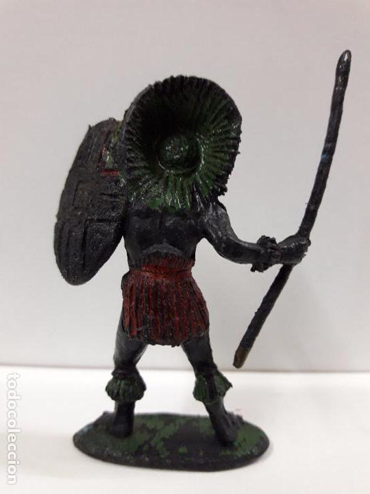 Figuras de Goma y PVC: GUERRERO AFRICANO NEGRO . REALIZADO POR TEIXIDO . SERIE SAFARI . AÑOS 60 EN PLASTICO - Foto 2 - 86862296