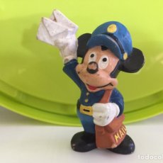 Figuras de Goma y PVC: FIGURA PVC MICKEY MOUSE CARTERO WALT DISNEY BULLY. Lote 87146626