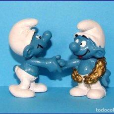 Figuras de Goma y PVC: PITUFOS ORIGINALES SCHLEICH 20058 PITUFO CAMPEON + 20067 PITUFO CONGRATULACIONES RAROS 1979. Lote 87225292