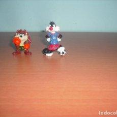 Figuras de Goma y PVC: TAZ DE TASMANIA Y SILVESTRE - SALIAN EN HUEVOS KINDER SORPRESA - GRECIA - ATENAS - LOTE DE 2 MUÑECOS. Lote 87275988