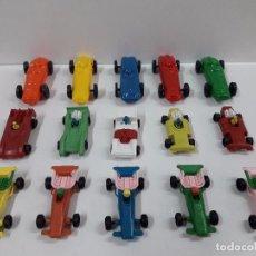 Figuras de Goma y PVC: LOTE DE BOLIDOS DE CARRERAS . JUGUETE KIOSCO . AÑOS 70. Lote 87570004