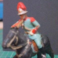 Figuras de Goma y PVC: GUARDIA URBANA A CABALLO CON CON CORNETA . DESFILE REAMSA AÑOS 60. Lote 87683236