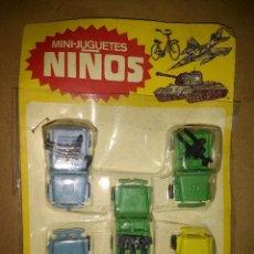 Figuras de Goma y PVC: MINI JUGUETES NIÑOS, ESTUCHE ORIGINAL CINCO JEEPS CON AMETRALLADORAS. AÑOS 60 . Lote 88292484