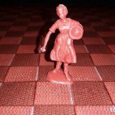 Figuras de Goma y PVC: ANTIGUA FIGURITA AGUADORA CAMPESINA PVC TIPO DUNKIN, PREMIUM PECH O PIPERO KIOSKO AÑOS 60. Lote 89204612