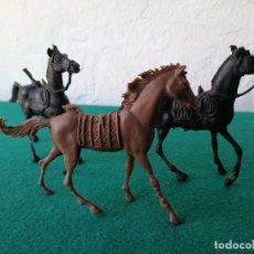 Figuras de Goma y PVC: LOTE 3 CABALLOS COMANSI INDIOS VAQUEROS . Lote 89478616
