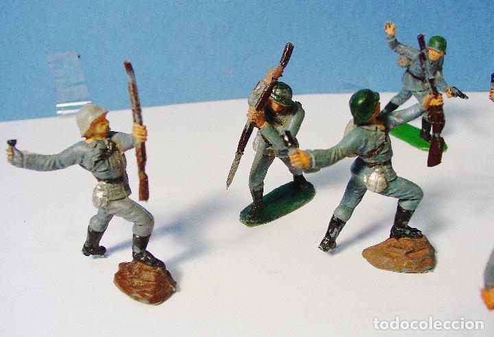 Figuras de Goma y PVC: LOTE 11 SOLDADOS ALEMANES EN ACCIÓN 2ª SEGUNDA GUERRA MUNDIAL. PECH. BUEN ESTADO - Foto 6 - 89727092
