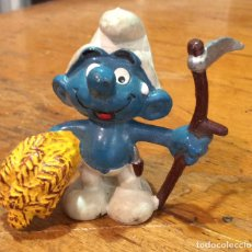 Figuras de Goma y PVC: ANTIGUO PITUFO GRANGERO. Lote 89862264