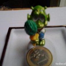 Figuras de Goma y PVC: FIGURA PVC FERRERO 1988: EXTRATERRESTRE, AL MOVERLO LE CAMBIAN LOS OJOS. ANTIGUO.. Lote 89971276