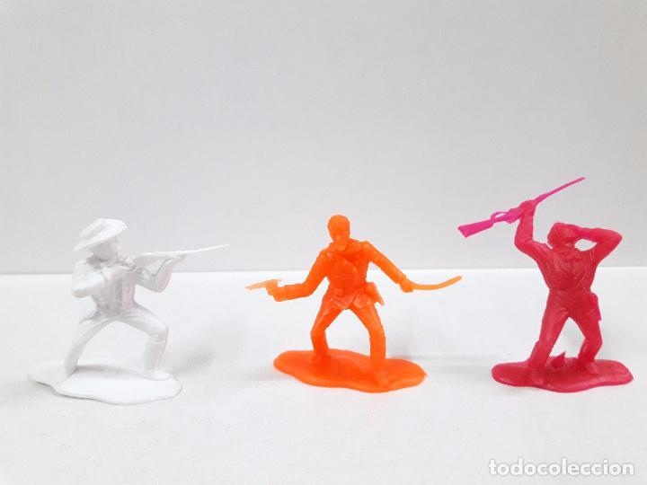 Figuras de Goma y PVC: VAQUEROS CONTRA INDIOS . BATALLA LITTLE BIG HORN . PLASTICO MONOCOLOR - Foto 4 - 90516335