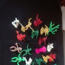 Figuras de Goma y PVC: LOTE 20 FIGURAS VARIADAS INDIOS Y VAQUEROS COMANSI. Lote 90864074