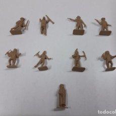 Figuras de Goma y PVC: LOTE DE SOLDADITOS MONTAPLEX . INDIOS Y VAQUEROS. Lote 91283540