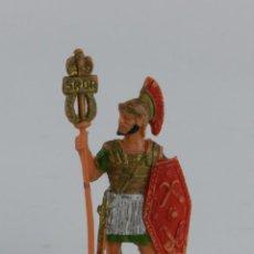 Figuras de Goma y PVC: SOLDADO ROMANO PORTAESTANDARTE, REALIZADO EN PLASTICO POR REAMSA, AÑOS 60, BUEN ESTADO.. Lote 91334990