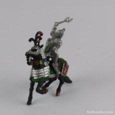Figuras de Goma y PVC: FIGURA A CABALLO DE LAFREDO, MEDIEVAL, REALIZADO EN PLASTICO.. Lote 91349520