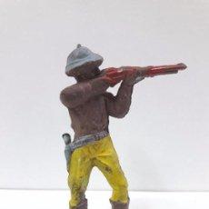 Figuras de Goma y PVC: EXPLORADOR - CAZADOR . REALIZADO POR LURAVE . AÑOS 50 EN GOMA. Lote 91616340