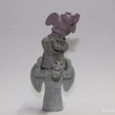 Figuras de Goma y PVC: FIGURA GARGOLAS MATTEL EL JOROBADO DE NOTRE DAME. Lote 91651895