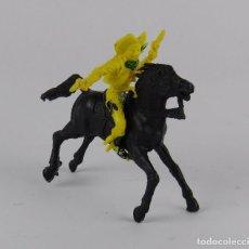Figuras de Goma y PVC: FIGURA DE VAQUERO A CABALLO, REALIZADO EN PLASTICO, PARECE COMANSI.. Lote 91709945
